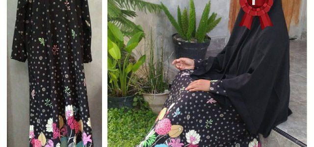 Produk terbaru ummusulaim.com dengan kode seruni 02 merupakan gamis bahan crep yang adem dengan motif yang cantik. Gamis elegan dengan warna dominan hitam. Seruni 02 Rp 190.000,- Size: Lingkar dada […]